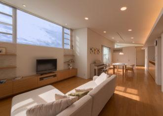 家族の居場所をつくる「緑区の二世帯住宅」1