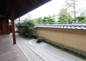 大徳寺 龍源院の建築と庭3