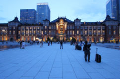 東京駅 丸の内 新広場