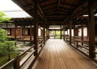 仁和寺本坊の回廊から考える