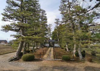 長浜 安楽寺の参道と庭園の不思議